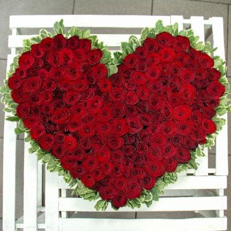 Букет Сердце из роз (145 роз)