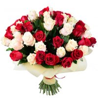 Букет 51 красно-кремовая роза Алматы