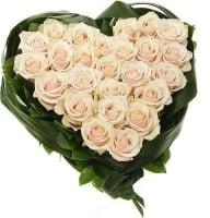 Заказать розы в виде сердца на 14 февраля для любимой