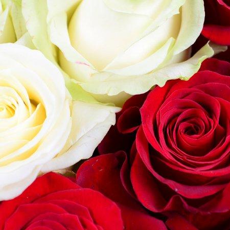Букет Сердце с розами + шарик в подарок