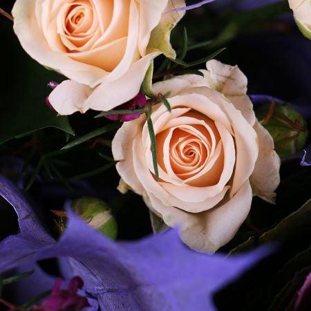 Букет Корзина с цветами Нежная