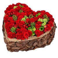 Заказать эксклюзивное сердце из роз с доставкой