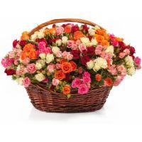 Заказать красивую корзину кустовых роз с доставкой