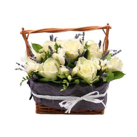 Букет Нежная цветочная корзинка