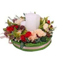 Купить красивую композицию «Бомонд» со свечами. Доставка в любой город!