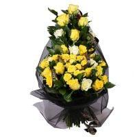 Траурный букет в золотом цвете
