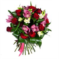 Букет «Праздник любви» с доставкой