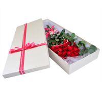 Букет «Розы в коробке» с доставкой