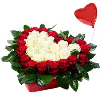 Букет Сердце с розами + шарик в подарок Абу-Даби