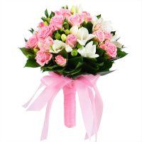 Букет «Розовое облако», розовый свадебный букет, букет розовых роз, розовый букет невесты
