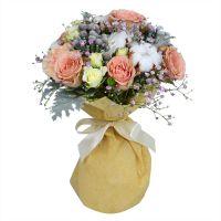 Букет «Зимний бал» из роз и гвоздик с доставкой
