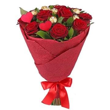 Идеальное предложение 11 бордовых роз Занесвиль