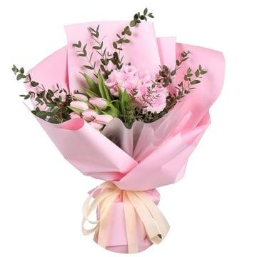 Розовая гортензия и тюльпаны Киев