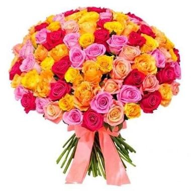 Из 101 разноцветной розы Федоровский