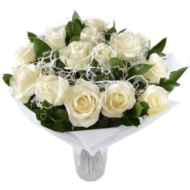 15 белых роз Белоснежка Курган