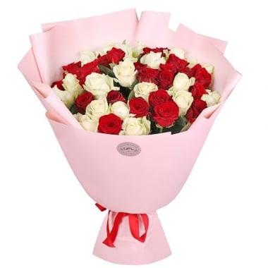 51 красная и белая роза Излучинск