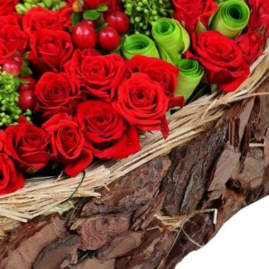 Ексклюзивне серце із троянд Київ