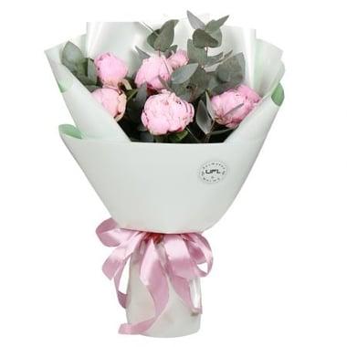 7 розовых пионов Киев