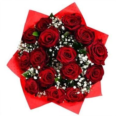 Розы с гипсофилой 15 шт Югорск