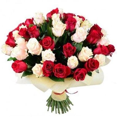 Красно-кремовые розы (51 шт.) Излучинск