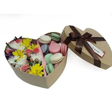 Цветы с десертом  Киев